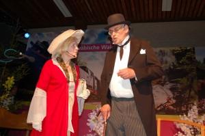 Als erste Passagiere anno 1911 kostümierten sich Hermine und Wolfgang Hänle bei der Jahresfeier des Hellershofer Gesangvereins
